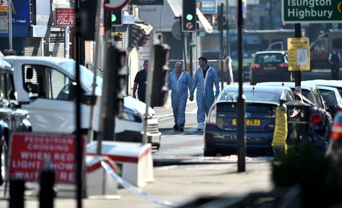 Φόβοι για αντίποινα μετά το τρομοκρατικό χτύπημα στο τζαμί - εικόνα 13