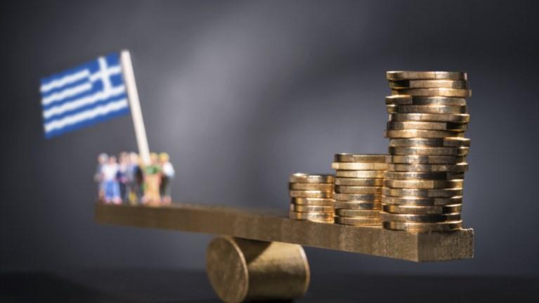 eurostat-to-80-tou-ellinikou-xreous-einai-apo-daneia