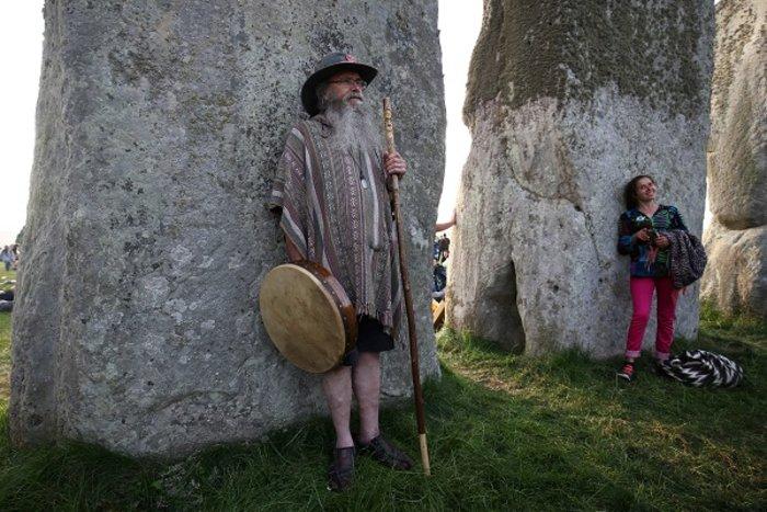 Η γιορτινή υποδοχή του θερινού ηλιοστασίου στο Stonehenge - εικόνα 2