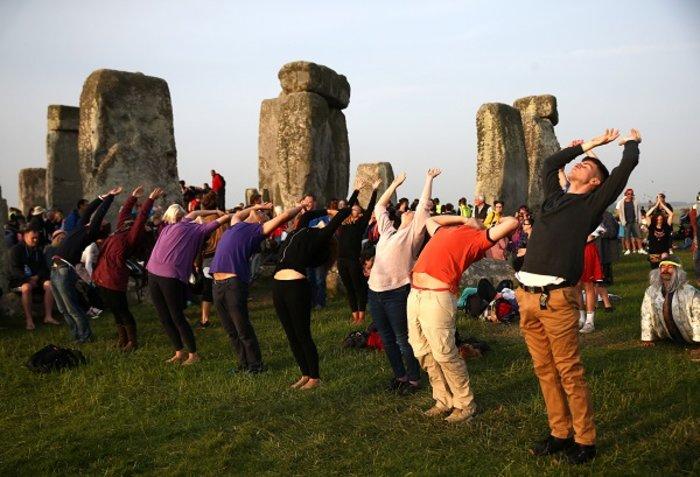 Η γιορτινή υποδοχή του θερινού ηλιοστασίου στο Stonehenge - εικόνα 3
