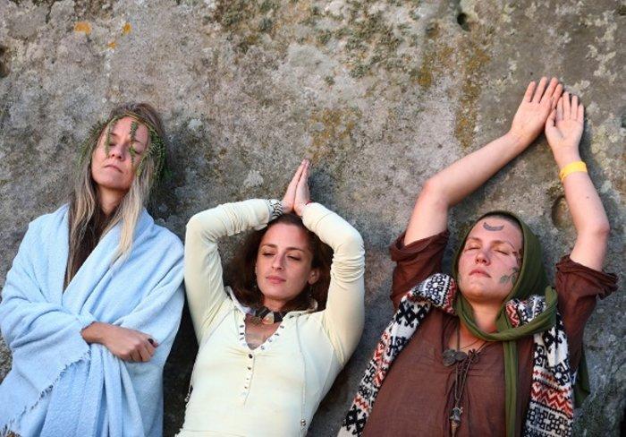 Η γιορτινή υποδοχή του θερινού ηλιοστασίου στο Stonehenge - εικόνα 13