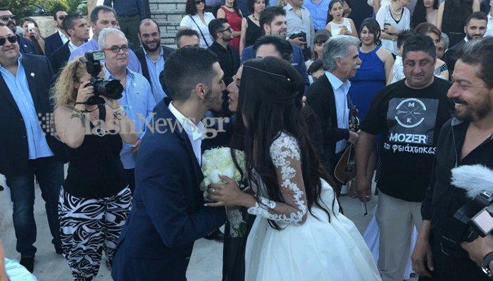 Κρητικός γάμος - βάπτιση με 13 νονούς και 13 κουμπάρους [Εικόνα - Βίντεο]