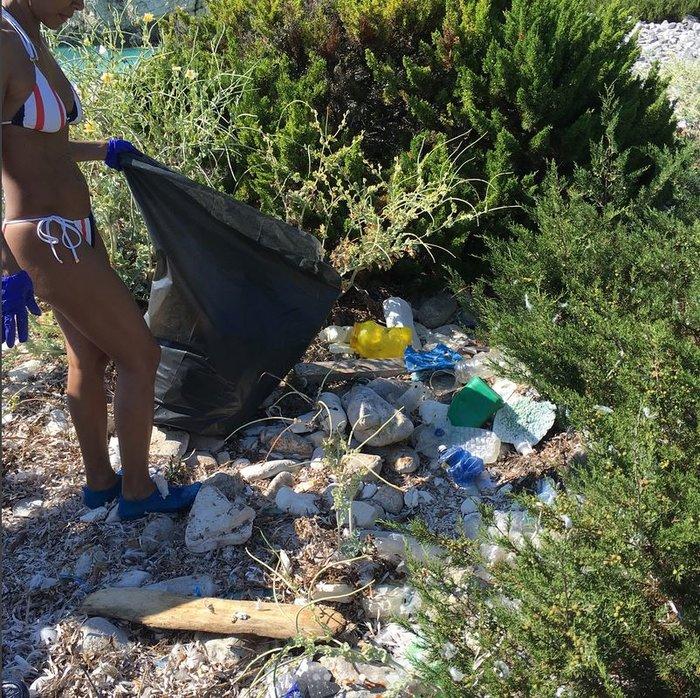 Η κόρη του Γουίλ Σμιθ έβγαλε 22 σακούλες σκουπίδια από ελληνικές παραλίες - εικόνα 5