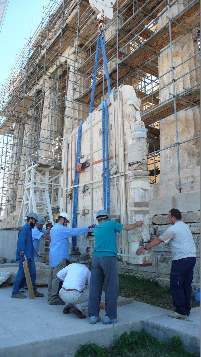 Nέα φάση εργασιών  στα μνημεία της Ακρόπολης- Εντυπωσιακές εικόνες - εικόνα 2