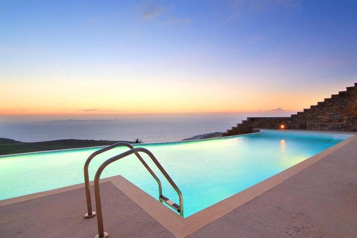 Μια ελληνική πολυτελής κατοικία στις 8 καλύτερες του κόσμου - εικόνα 2