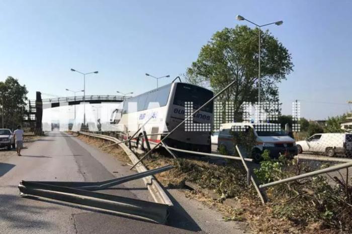 Παραλίγο τραγωδία: Τρελή πορεία λεωφορείου στην Πατρών-Πύργου - εικόνα 3