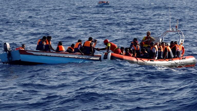 5b2b04f63a Διασώθηκαν 712 πρόσφυγες