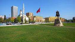 Κόντρα Ελλαδας-Αλβανίας για ένα μνημείο στην πλατεία Τιράνων