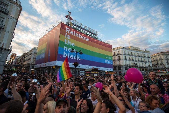 Viva la Vida: H μεγαλύτερη πορεία LGBT στην Μαδρίτη - εικόνα 6