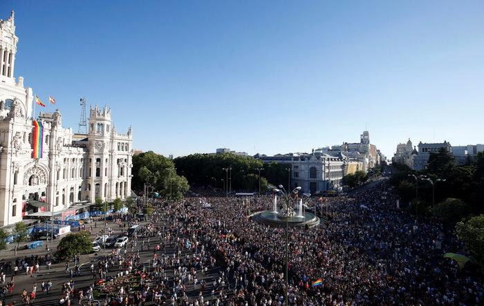 Viva la Vida: H μεγαλύτερη πορεία LGBT στην Μαδρίτη - εικόνα 7