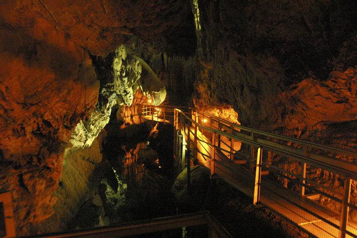 Τα ωραιότερα, γνωστά  και άγνωστα σπήλαια στην Ελλάδα - εικόνα 2