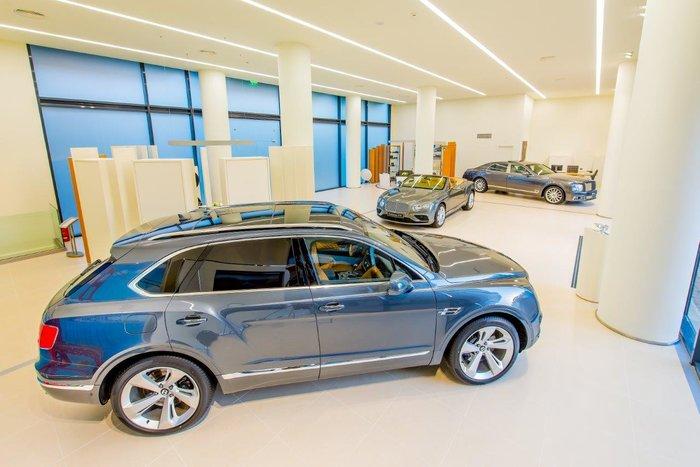 Στο Νέο Ψυχικό χτυπάει πλέον η W12 καρδιά της Bentley - εικόνα 3