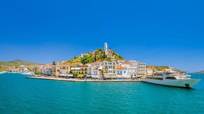 Ο Γ. Αδαμάκος για τον Πόρο: Ενας παράδεισος δυο βήματα από Αθήνα - εικόνα 4