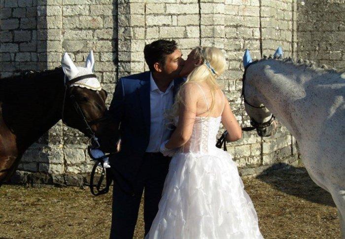 Γιάννενα: Ο ξεχωριστός γάμος της «αμαζόνας» και του «πεταλωτή» -φωτό