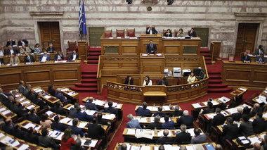 live-o-tsipras-enimerwnei-ti-bouli-gia-to-kupriako