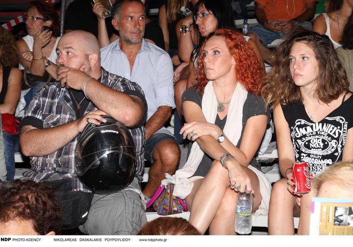 Η Εβελίνα Παπούλια για γυρίσματα στην Σκόπελο με την όμορφη κόρη της [φωτο] - εικόνα 5