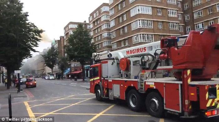 Νέος συναγερμός στο Λονδίνο - Φωτιά σε εξαώροφο κτίριο - εικόνα 2