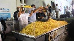 i-naksos-sto-gkines-me-554-kila-tiganites-patates