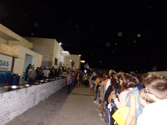 Η Νάξος στο Γκίνες με 554 κιλά τηγανητές πατάτες - εικόνα 12