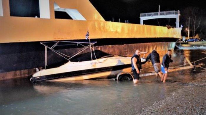 Κόπηκαν οι κάβοι των πλοίων στο Ρίο από τα μποφόρ