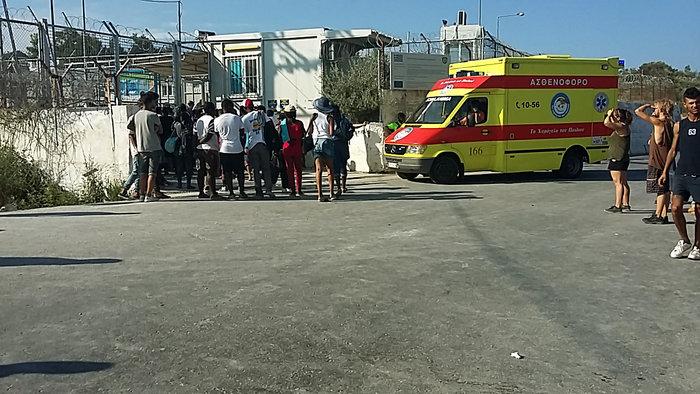 Συλλήψεις και τραυματισμοί στις συγκρούσεις στη Μόρια - εικόνα 3