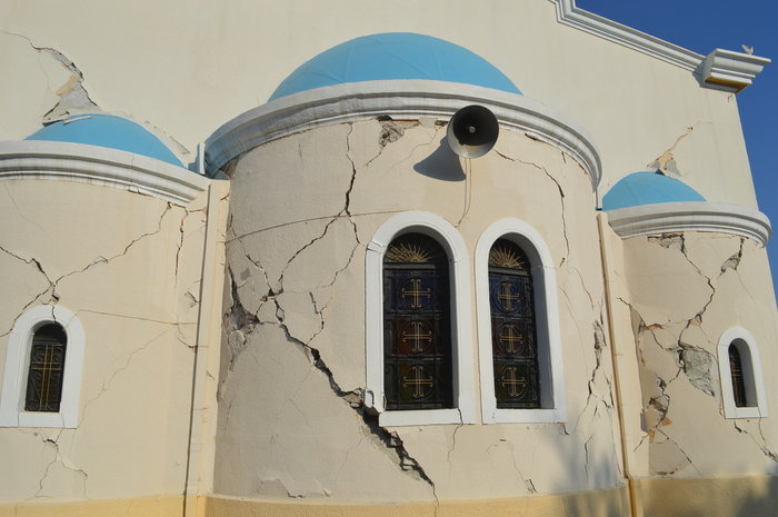 Φονικός σεισμός 6,4 R στην Κω- 2 νεκροί, 13 σοβαρά τραυματίες - εικόνα 5