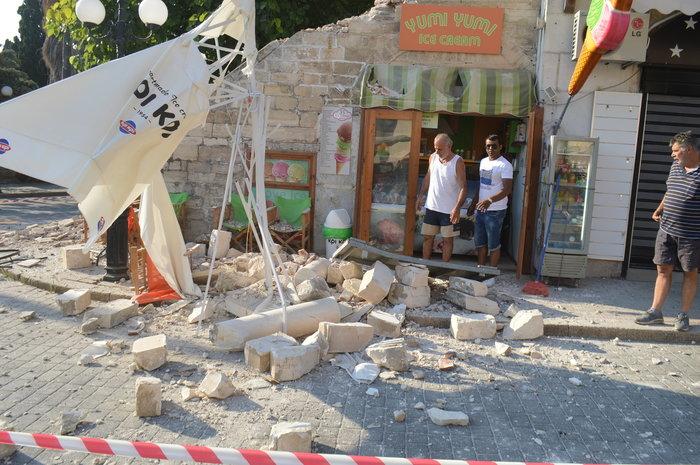 Φονικός σεισμός 6,4 R στην Κω- 2 νεκροί, 13 σοβαρά τραυματίες - εικόνα 10