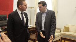 baroufakis-o-tsipras-elege-oti-tha-diwksei-me-tis-klwtsies-ton-stournara