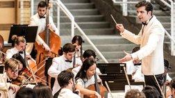 Διονύσης Γραμμένος: Ο Κερκυραίος που διευθύνει ορχήστρες σε όλο τον κόσμο