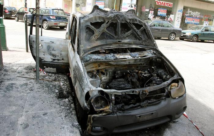 Σκηνές φαρ ουέστ στη Νίκαια: Πυροβόλησαν άνδρα στη μέση του δρόμου ΦΩΤΟ