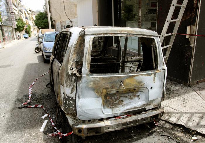 Σκηνές φαρ ουέστ στη Νίκαια: Πυροβόλησαν άνδρα στη μέση του δρόμου ΦΩΤΟ - εικόνα 3