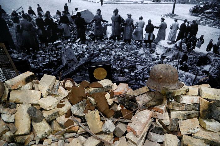 «Χίτλερ – πώς μπόρεσε να συμβεί» - Μια συγκλονιστική έκθεση στο Βερολίνο - εικόνα 13
