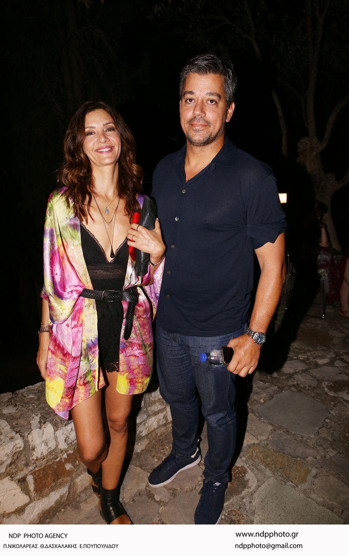 Κατερίνα Λέχου: Πανέμορφη σε σπάνια βραδινή έξοδο με τον σύζυγό της - εικόνα 3
