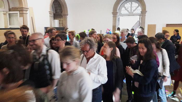 Οι Γερμανοί σε ουρές για να δουν -και- ελληνική τέχνη. Μισό εκ. επισκέπτες! - εικόνα 4