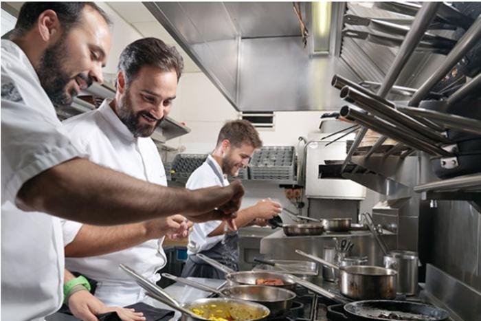 Η μεγάλη αλλαγή του πολυβραβευμένου σεφ Γιάννη Λουκάκου - εικόνα 2
