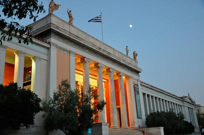 Πανσέληνος Αυγούστου στο Αρχαιολογικό Μουσείο με την Ηρώ Σαΐα