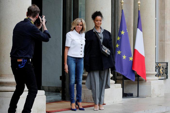 Είναι η Μπριζίτ Μακρόν η γαλλίδα Τζέιν Φόντα; - εικόνα 2