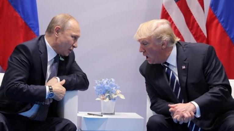 Ο Τραμπ υπέγραψε το νομοσχέδιο για τις νέες κυρώσεις σε βάρος της Ρωσίας