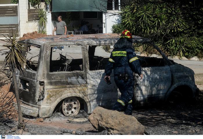 Υπό έλεγχο η φωτιά στη Λέσβο - Κάηκαν σπίτια στο Λαγονήσι - εικόνα 10