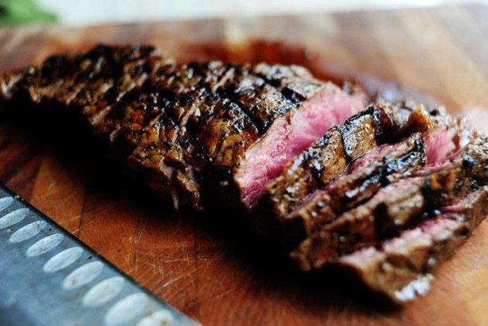 Για δροσιά και ζουμερό κρέας στον Χριστόφορο, στα Καλύβια - εικόνα 3