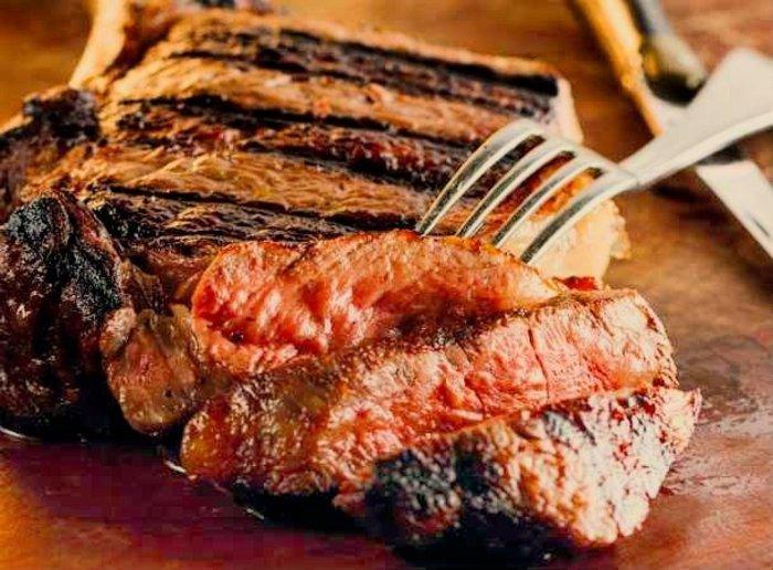 Για δροσιά και ζουμερό κρέας στον Χριστόφορο, στα Καλύβια - εικόνα 5