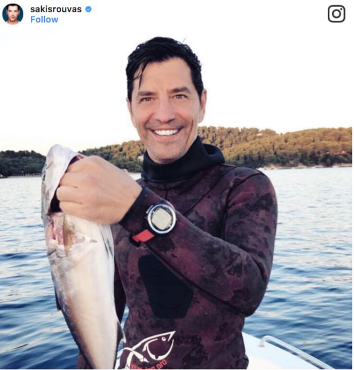 Ο... ψαροντουφεκάς Ρουβάς και το τεράστιο ψάρι που έπιασε [εικόνα]