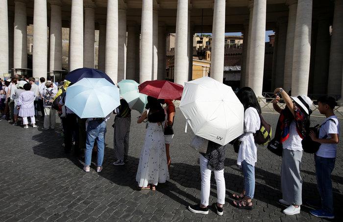 Ψήνεται η Ευρώπη:SOS για τις υψηλότερες θερμοκρασίες της 10ετίας