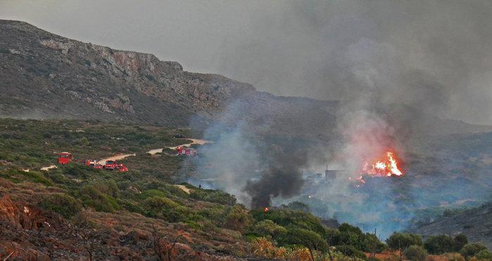 Εικόνες βιβλικής καταστροφής στα Κύθηρα από τον πύρινο εφιάλτη - εικόνα 2