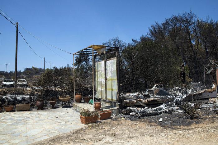 Εικόνες βιβλικής καταστροφής στα Κύθηρα από τον πύρινο εφιάλτη - εικόνα 3