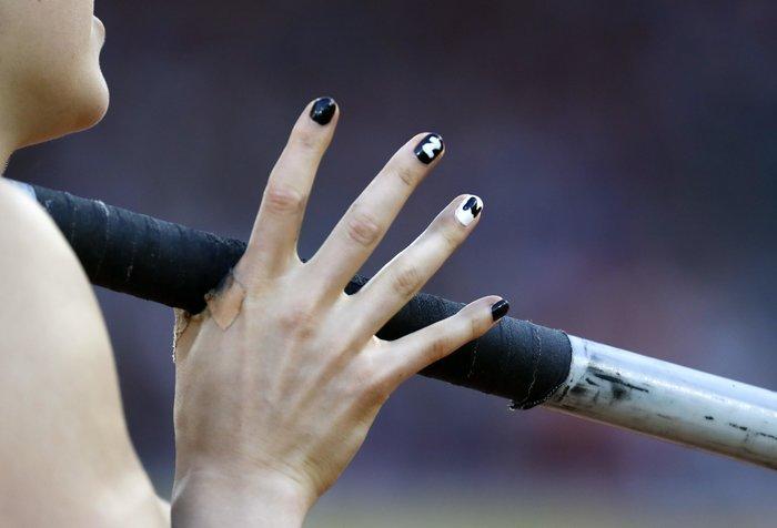 Τα παράξενα νύχια της Eliza McCartney από τη Ν. Ζηλανδία