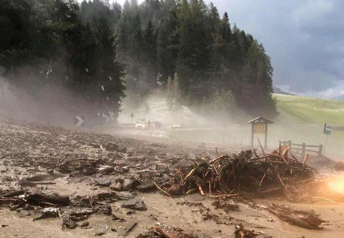 Τρελάθηκε ο καιρός στην Ιταλία, 4 νεκροί λόγω κακοκαιρίας