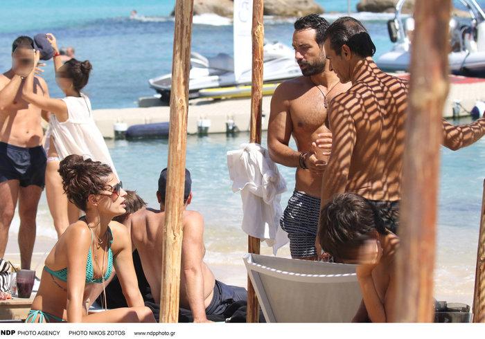 Τανιμανίδης-Μπόμπα:Οι διακοπές στη Μύκονο πριν το ταξίδι στην Ευρώπη [φωτο] - εικόνα 8