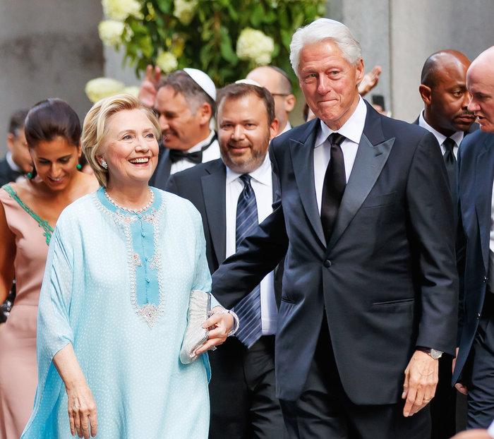 Γιατί άστραψαν τα φλας όταν εμφανίστηκε η Χίλαρι Κλίντον - εικόνα 4