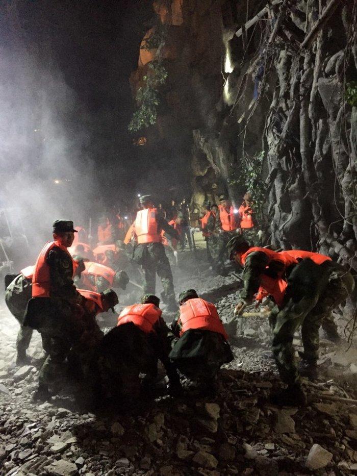 Σεισμός στην Κίνα: 9 νεκροί, 164 τραυματίες μέχρι στιγμής - εικόνα 4